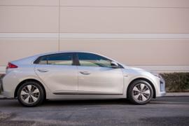 Hyundai's 2018 Ioniq Plug-in Hybrid