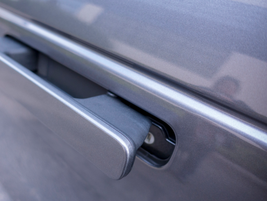 The Velar's flush deployable door handles