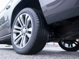 The Denali package adds 22-inch wheels to replace standard 20s. The tire pressure monitor now...