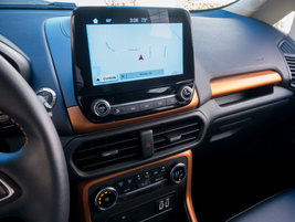 An 8-inch touchscreen displays SYNC3 data.