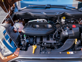 A closer look at the 2.0L Ti-VCT direct-injection I-4 engine