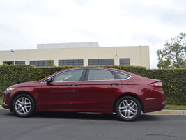The Fusion is available in three trim levels, including the S, SE, and Titanium.