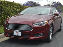 The Fusion's Astin Martin-like grille and sleek front end make for attractive styling.