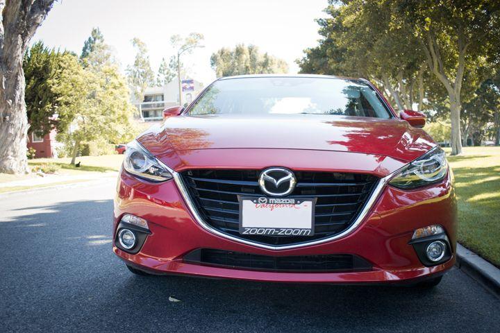 The Mazda3 featuresMazda's lightweight Skyactiv technology.