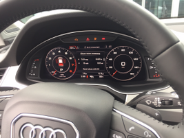The 2016 Audi Q7 replaces standard analog gauges with a range of electronic dashboard displays
