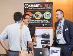 Attendees had the opportunity to meet with vendors during networking sessions.
