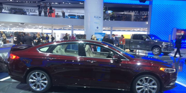 2017 Ford Fusion Platinum mid-size sedan