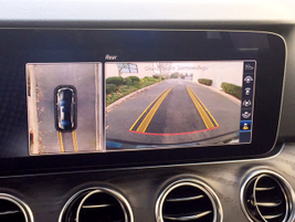 The optional Surround View system prrovides a birds-eye view for low-speed maneuvering.
