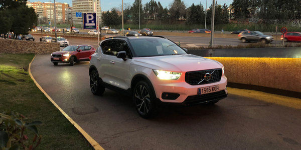 The XC40 is available with a 150 hp D4 diesel and a 190 hp T5 gasoline four-cylinder Drive-E...