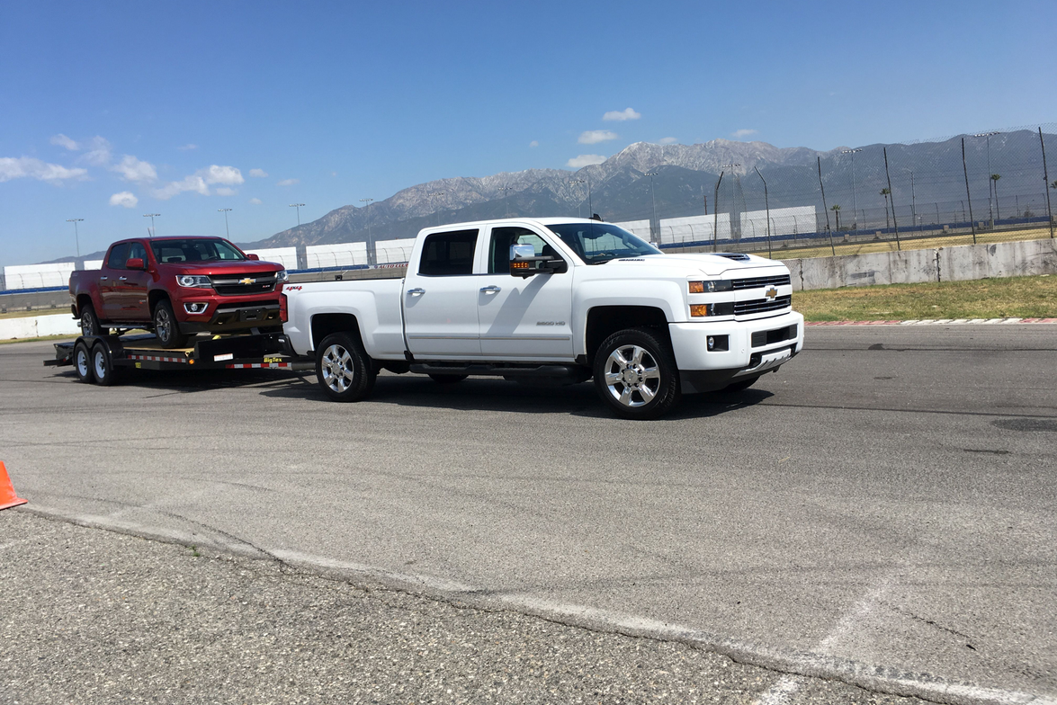 The Silverado 2500 HD tows up to 14,800 lbs with standard Vortect 6.0L V8, and 18,100 lbs with...