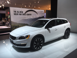 Volvo's V60 Cross Country all-road luxury vehicle
