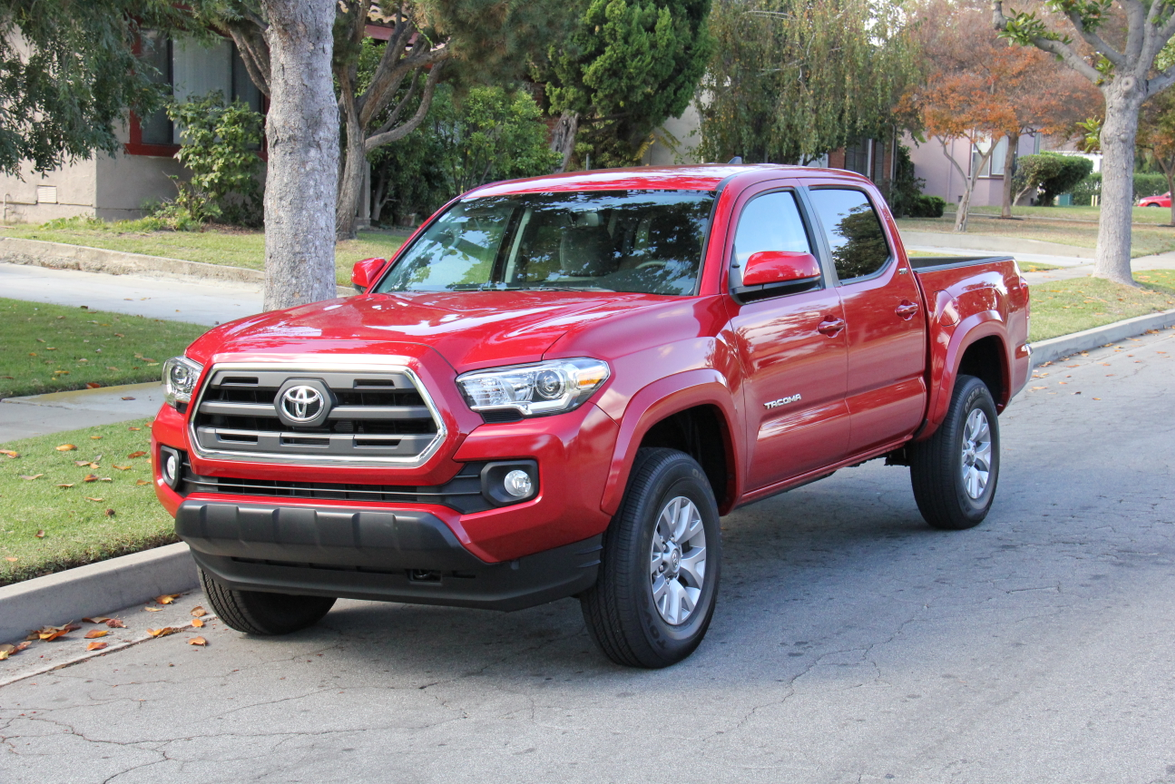 This Tacoma is powered by the new 3.5L V-6 that produces 278 hp and 265 lb.-ft. of torque.