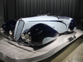 "The 1938 Delahaye Type 135M used a streamlined arc known as a ""French curve."""