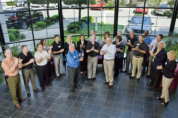 In 2010, Chrysler Fleet honors Ed and his team for theirmany years of agreat partnership.