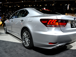 The Lexus LS 600h hybrid model features new styling for the 2013 model-year.