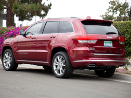 The Quadra-Lift air suspension gives the vehicle a smooth ride.