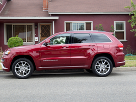 The diesel Grand Cherokee could find a place with executive drivers in states with variable...
