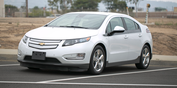 The 2015 Volt provides 40 miles of electric range and an EPA-rated 380 miles of total range.