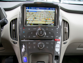 Our model included an optional rear-view camera and rear park assist.