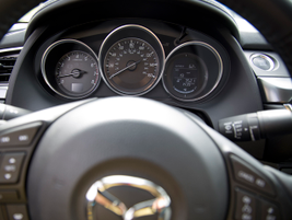 The new dashboard includes French stitching, and the instruments have been updated.