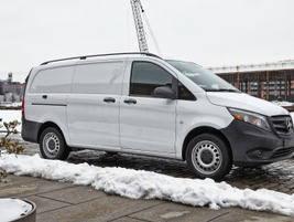 The van can operate in Eco mode with start-stop.