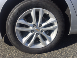 The LT trim is available with either 17-inch or 18-inch aluminum wheels.