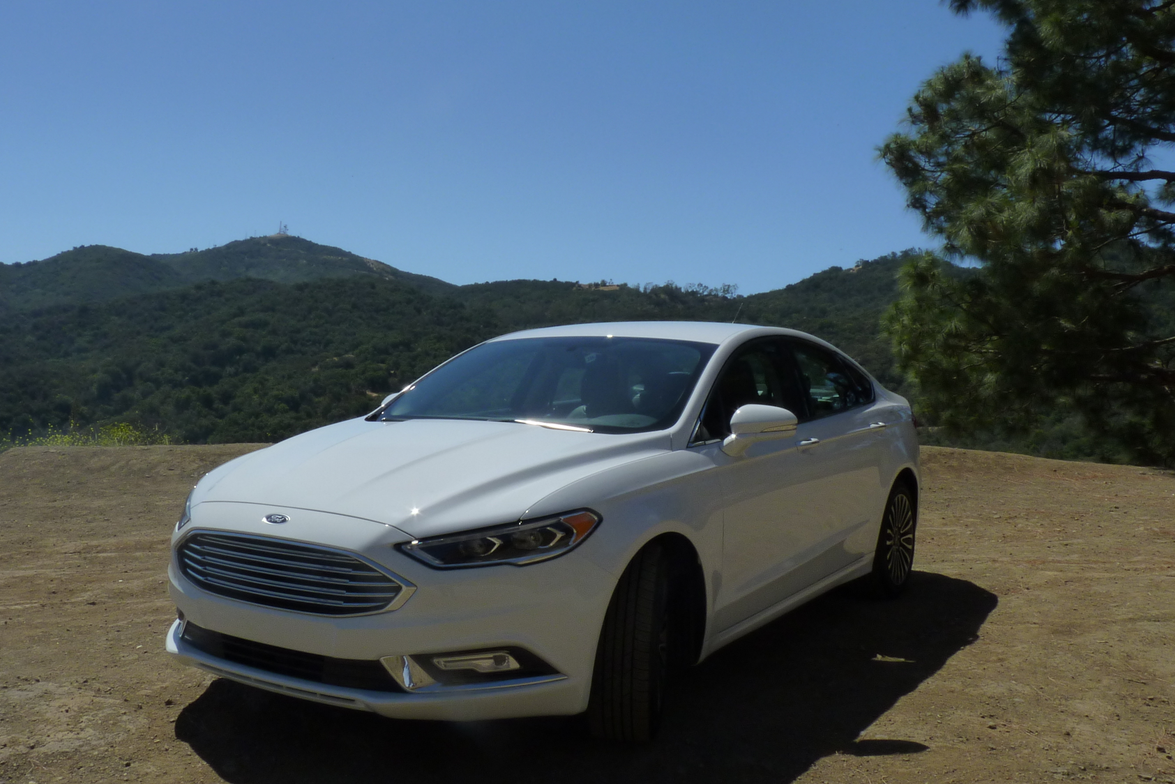 Mid-cycle refreshes often come with pleasing driver enhancements, and the 2017 Fusion lineup is...