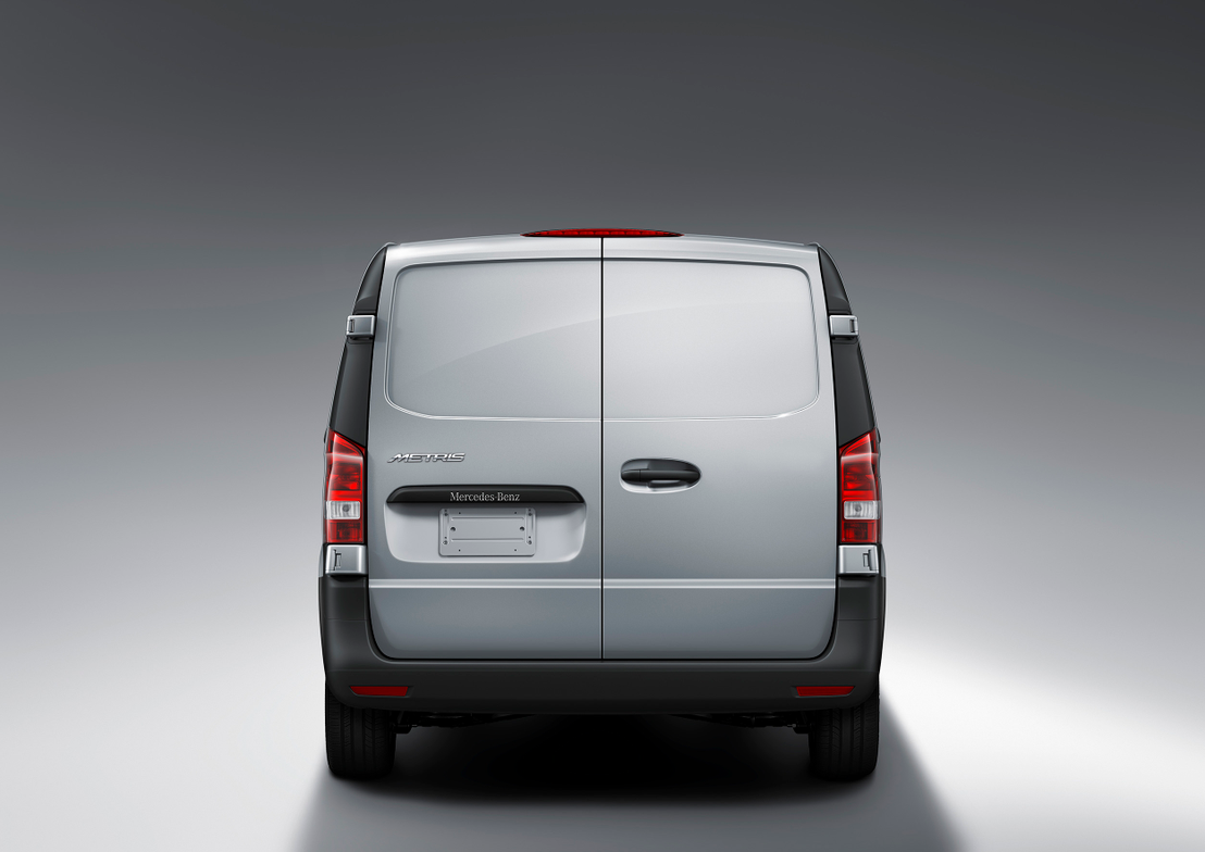 The Metris is based on the Vito sold in Europe and other global markets.