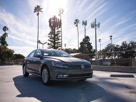 Commercial fleets added 4,126 Passat sedans in 2013.
