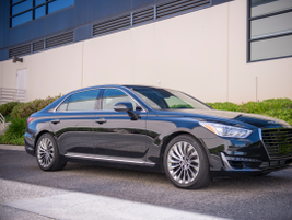 The 2017 Genesis G90 arrived in late 2016.