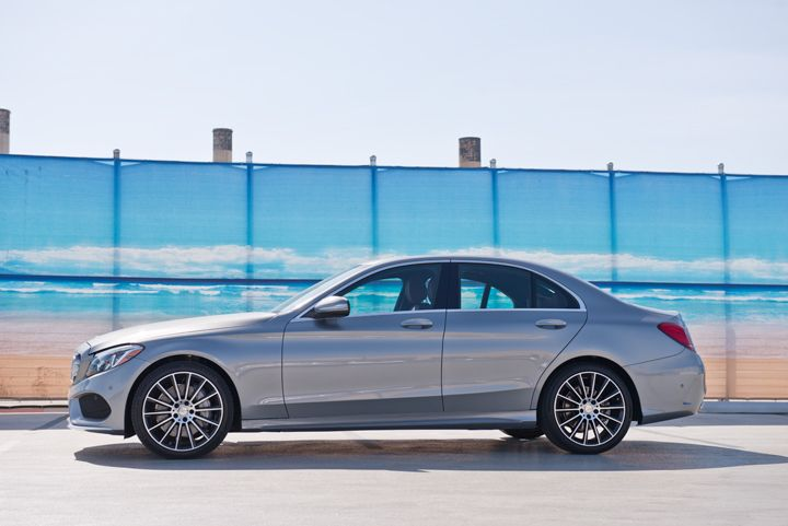 This vehicle is the C400 4MATIC powered by a 3.0L V-6 bi-turbo direct-injected engine.