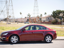 The Cruze Diesel carries a starting retail price of $25,660.