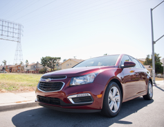 The Cruze Diesel is powered by a 2.0L turbo-diesel inline-4 paired with a 6-speed transmission.