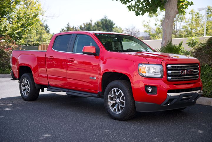 This GMC Canyon is the 4WD SLE crew cab with the long (6.2-foot) box.