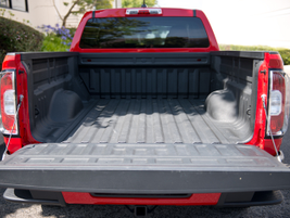 The truck includes GM's EZ Lift and lower tailgate. A rear-view camera is mounted to the cab.