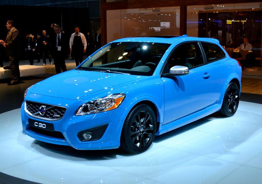 Volvo showed its S60 Polestar concept at the LA Auto Show.
