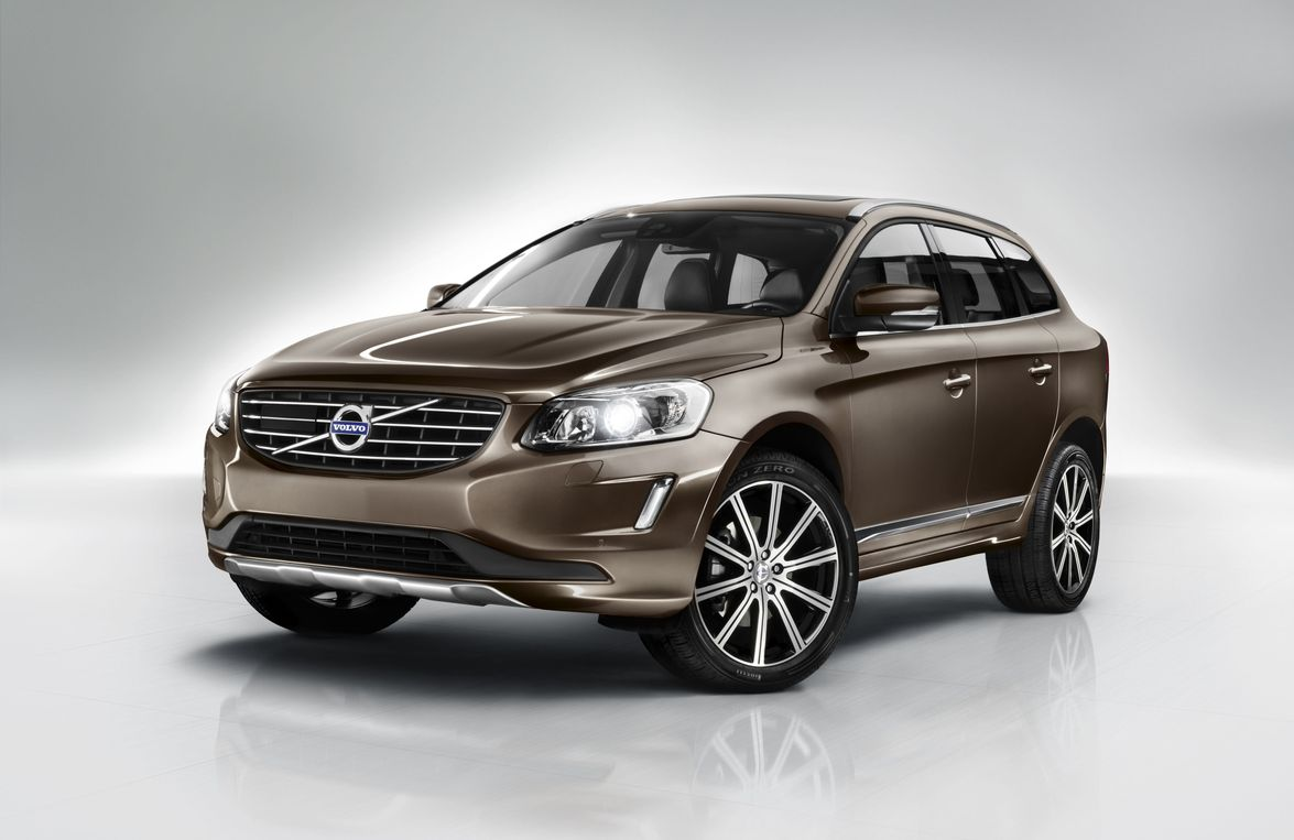 The XC60 features a redesigned front end, and single-body-color exterior trim on the outside....