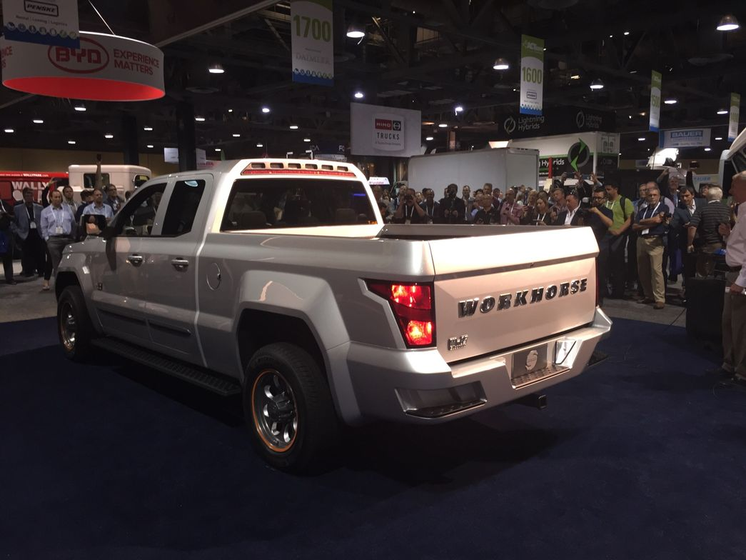 Workhorse unveiled its W-15 PHEV pickup for the first time on May 2.