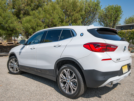 The X2 dimensions are similar to the X1. Both vehicle share a 105.1-inch wheelbase.