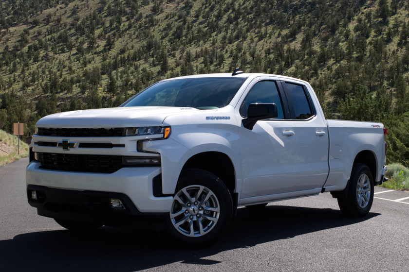 The 2020-MY Silverado 1500 3.0L Duramax diesel produces 277 horsepower and makes 460 lb.-ft. of...