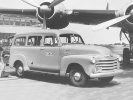 The third generation 1953 Suburban saw commercial use as a hauler with 174 lb.-ft. of torque...