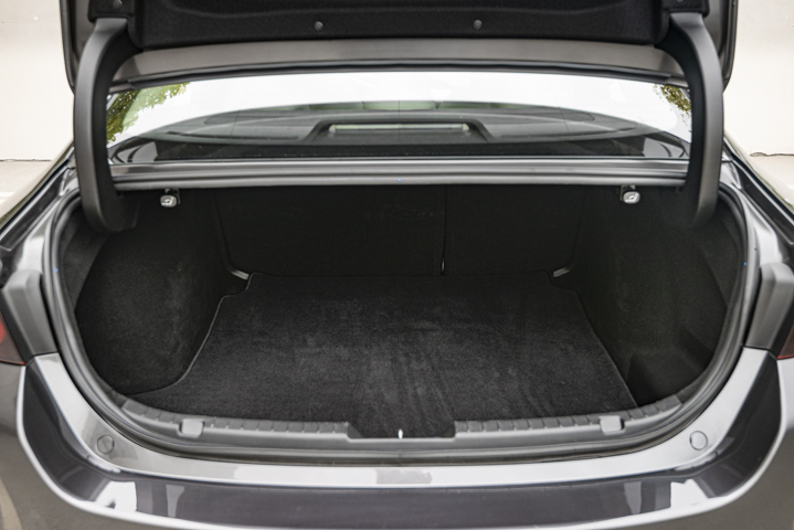 With the second row folded, cargo volume can reach up to 13.2 cubic feet.