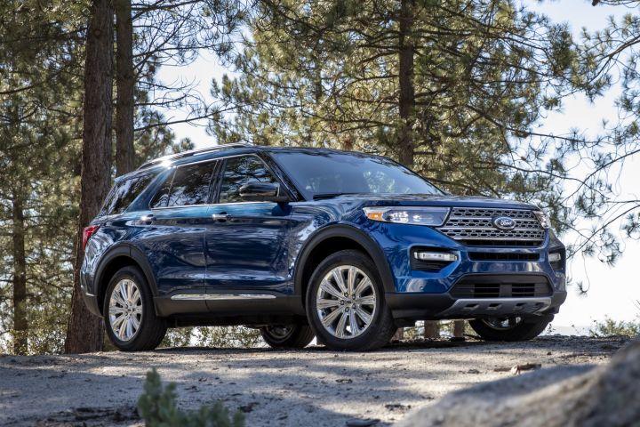 The 2020 Explorer arrives on a new rear-wheel-drive platform.