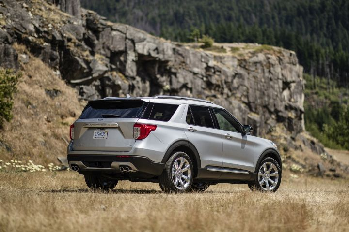 The Explorerimproves itsweight distribution on the chassis, which significantly improves the...