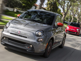 Fiat is bringing back its 500e for 2019 with a range of 84 miles and retail price of $32,995.