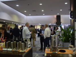 Attendees mingle during a networking reception at the 2019 Global Fleet Conference.