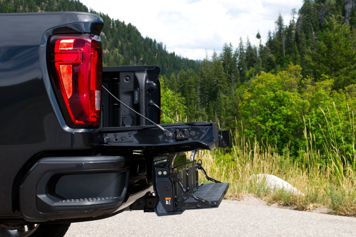The MultiPro tailgate available on the 1500 and HD offers six different functions.