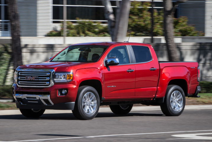 GMC's take on the midsize pickup, the Canyon, added an eight-speed transmission for 2017 to...