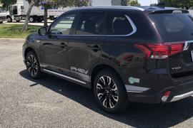 Mitsubishi's 2018 Outlander PHEV