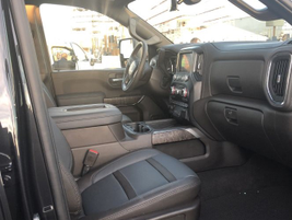 The interior of the 2020 Sierra HD offers increased front head- and legroom with Crew Cab...